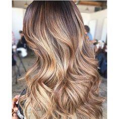 Bronze Goddess  Color by @itsalwaysbecks  #hair #hairenvy #hairstyles #haircolor #bronde #bronze #balayage #highlights #newandnow #inspiration #maneinterest