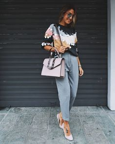 "2,806 Gostos, 36 Comentários - Cristina Surdu (@cristinasurdu) no Instagram: ""Prefect #bag for fall from @loristellaofficialpage . This #ootd on my blog. Link in bio …"""