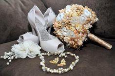 Buque de noiva estilo vintage!!!!!  Cores podem mudar de acordo com vontade do cliente!!!