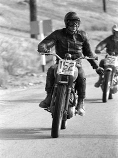 Steve McQueen was 'Mr. Cool' of Hollywood. Two of his favorite things were racing and motorcycles. Here is a collection of pictures that shows his passion for motorcycling, whether it be on the set, on the track, or just for fun. Motorcycle Tattoos, Motorcycle Logo, Triumph Motorcycles For Sale, British Motorcycles, Racing Motorcycles, Steve Mcqueen Triumph, Steeve Mcqueen, Harley Davidson, Motorcycles