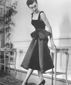 This is the whole reason I watch old movies! The fashion. Dior velvet and satin cocktail dress-1949.
