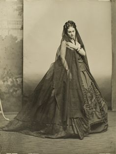 Which shocked Parisian high society.   25 Stunning Photographs Of Countess De Castiglione