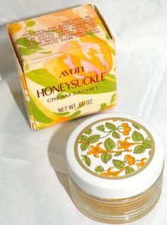 AVON Vintage Honeysuckle Cream Sachet Collectible Jar and Original Box Only Avon Vintage, Vintage Perfume, Vintage Beauty, Vintage Makeup, Retro Vintage, My Childhood Memories, Sweet Memories, School Memories, Avon Perfume