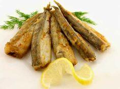 Easy Fried Fresh Smelt Or Capelin With Smelt, Flour, Lemon Juice, Salt, Ground Black Pepper, Olive Oil