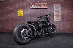back alley bobbers: custom Yamaha V Star 1100 Bobber Bikes, Bobber Motorcycle, Motorcycle Garage, V Star Bobber, Yamaha V Star, Retro Motorcycle, Motorcycle Style, Bobber Custom, Custom Bikes