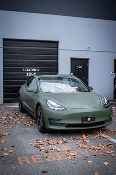 Tesla S, Tesla Motors, My Dream Car, Dream Cars, Tesla Roadster, Top Luxury Cars, Car Colors, Cute Cars, Modified Cars