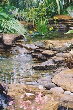 ComfyDwelling.com » Blog Archive » 61 Dreamy Backyard Pond Designs