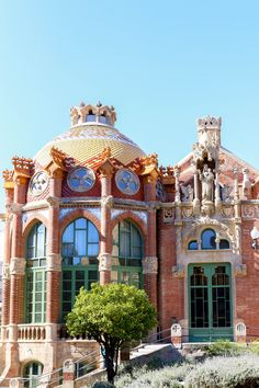 Charming Adventures: Barcelona | Charmingly Styled