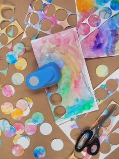 Watercolour garland DIY - Paper and Pin Fun Crafts, Diy And Crafts, Arts And Crafts, Diy Paper, Paper Crafts, Paper Pin, Diy For Kids, Crafts For Kids, Idee Diy