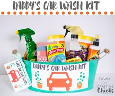 Daddy's Car Wash Kit - Quick and easy Father's Day gift idea. Put together a quick and easy Father's Day car wash gift basket for all the Dads in your life. Fathers Day Post, Fathers Day Gift Basket, Boyfriend Gift Basket, Gifts For Father, Boyfriend Gifts, Diy For Kids, Crafts For Kids, Children Crafts, Easy Father's Day Gifts