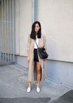 long loose trench over shorts