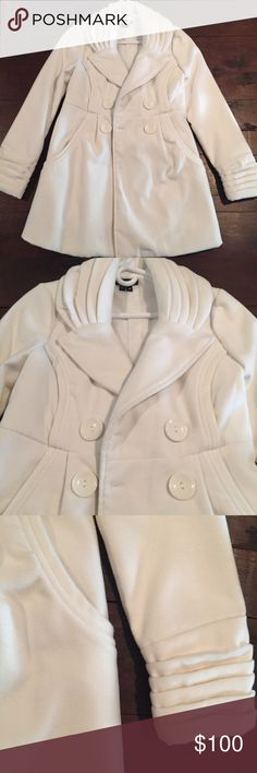 Chime white pea coat Chime white pea coat. This coat is beautiful! It is new without tags. This coat is elegant and so comfortable and soft! Chime Jackets & Coats Pea Coats