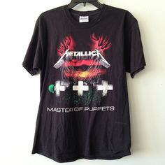 Master Of Puppets, Vintage Outfits, Mens Tops, T Shirt, Clothes, Fashion, Supreme T Shirt, Outfits, Moda
