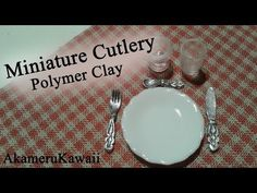 Miniature Cutlery - polymer clay knife, spoon, and, fork in scale Dollhouse Miniature Tutorials, Miniature Crafts, Miniature Dolls, Dollhouse Miniatures, Miniature Kitchen, Miniature Food, Minis, Vitrine Miniature, Biscuit