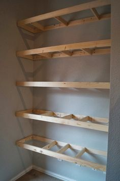 painterly.passion: long-overdue built-in shelves