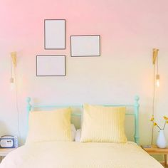 Are you a little skeptical about ombre accent walls? Artistic ombre is the new trend for accent walls. Get inspired, discover 10 spaces that utilize ombre walls. Bedroom Colour Palette, Bedroom Colors, Ombre Walls, Accent Walls, Colour Palettes, Tween, Color Inspiration, Girly, Spaces