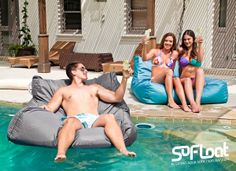 Deck, Patio or on the Pool. Relax everywhere this summer with SoFloat's versatile range.