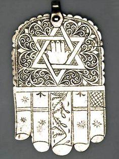 Morocco | Silver Hamas amulet | ca. 1910.