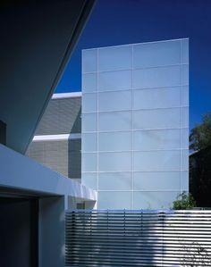 138 Barcom - Ian Moore Architects Exterior View #modern #architecture #architecturaldesign #minimalist