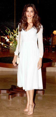 Deepika Padukone at Farah Khan's 50th birthday bash. #Bollywood #Fashion #Style #Beauty
