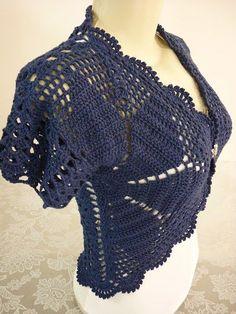 Delicadezas en crochet Gabriela: Un bolero sencillo ,fácil pero con mucha elegancia