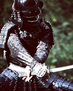 """At the moment of victory, tighten the straps of your helmet. Katana, Tokugawa Ieyasu, Samurai Artwork, Shadow Warrior, Samurai Tattoo, Samurai Warrior, Boy Art, Martial Arts, Iron Man"