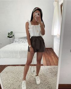 White shirt and sneakers, mini skirt - LadyStyle Source by Outfits verano Cute Casual Outfits, Girly Outfits, Cute Summer Outfits, Simple Outfits, Short Outfits, Pretty Outfits, Stylish Outfits, Spring Outfits, Teen Fashion Outfits