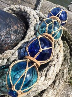Glass Fishing Floats - Fishermen's glass floats and other fishing floats in the UK - decorative glass ball floats, glass spheres and glass…
