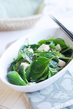 Spinach and Tofu Salad with Japanese Sesame Miso Dressing | Easy Asian Recipes at RasaMalaysia.com
