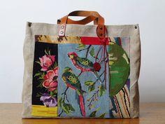 Les Sauvage - Cabas lin, patchwork de tapisseries point de croix, cuir naturel 46 x 37 x 17 cm 155 €