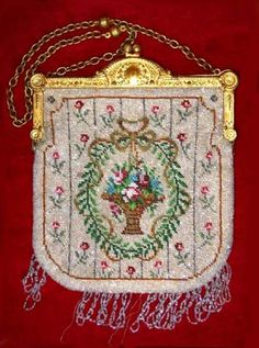 Flower Basket Beaded Purse with Gold Gilt Frame from New York State Private Collection.  Click on image for more photos.