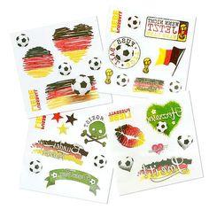 Tattoos - Fußball Liebe. Verschiedene Tattoo-Bögen mit Fußballmotiven in den Deutschlandfarben.