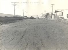 Recuperação e alargamento da avenida Carvalho Leal, bairro Cachoeirinha, obra do prefeito Frank Lima, 1974. Acervo: Frank Abrahim Lima.