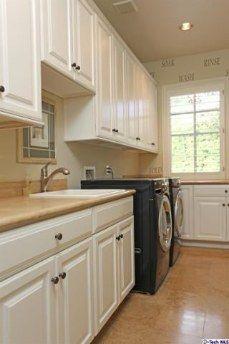 4358 Fairlawn Dr, La Canada-Laundry Room
