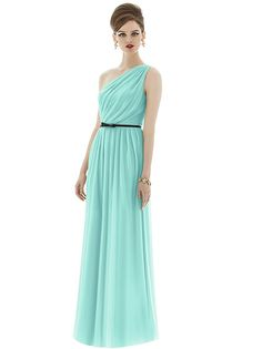 Alfred Sung Style D653 http://www.dessy.com/dresses/bridesmaid/d653/#.UxNvvuNFBgw