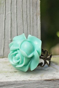 Items similar to Big Aqua Rose Ring on Antiqued Brass Filigree, Adjustable, Bohemian on Etsy – noise piercing Aqua Rose, Piercing Ring, Ear Piercings, Messing, Antique Brass, Jewelry Crafts, Diamond Jewelry, Jewelry Accessories, Fashion Accessories