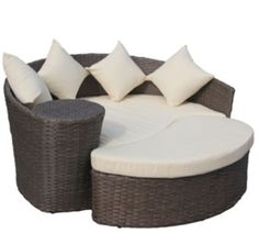 Charles Bentley Garden Wicker Rattan Curved Day Bed / Sofa & Footstool