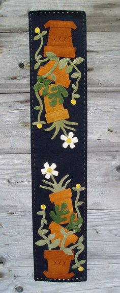 Wooden Spool Designs Flower Pots Table runner The Pattern Hutch wool applique craft pattern