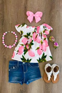 Pink Lemonade Shirt Best Picture For toddler girl outfits with converse For Your Taste You are looki Outfits Niños, Newborn Outfits, Baby Outfits, Toddler Outfits, Toddler Girls, Toddler Girl Dresses, Summer Outfits, Little Girl Outfits, Little Girl Fashion