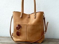 Large leather bag|| Camel by SanumiLeatherGoods