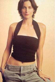 The charming Matrix Trilogy star Trinity Carrie-Anne Moss - Gorgeous hairstyles