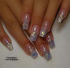 40 Fabulous Nail Designs That Are Totally in Season Right Now - clear nail art designs,almond nail art design, acrylic nail art, nail designs with glitter Picture For yellow nails For Your TasteYou are looking for someth Nail Design Glitter, Glitter Tip Nails, Acrylic Nails Almond Glitter, Clear Nails With Glitter, Clear Nails With Design, Glitter French Nails, Sparkly Nails, Glitter Acrylics, Glitter Makeup