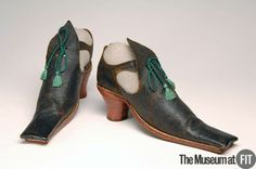 women's shoes, mid 17th century