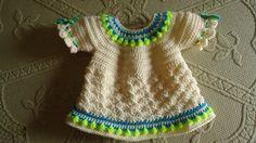 Vestido de crochê para menina