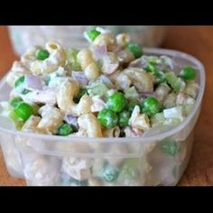 Ingredients: 1 cup diced onion, 1 cup diced celery, 2 cans of chunk light tuna packed in water and drained, 3 cups, pre-cooked whole grain pasta, 1 cup frozen peas, defrosted, 2 tbsp mayo, 1/2 cup fat free plain Greek yogurt, 1 tbsp red wine vinegar, Salt and pepper to taste