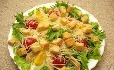 """Salată """"Caesar"""" – cea mai simplă, delicioasă și aromată rețetă! - Bucatarul Cobb Salad, Potato Salad, Recipies, Tacos, Meat, Chicken, Ethnic Recipes, Food, Life"""