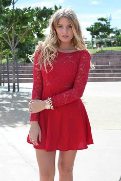 red lace dress <3