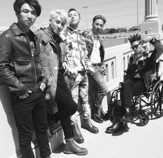Discovered by Jinah ♥. Find images and videos about kpop, top and gd on We Heart It - the app to get lost in what you love. Daesung, Vip Bigbang, Korean Boy Bands, South Korean Boy Band, Kpop, Top Rappers, Sung Lee, Gd & Top, G Dragon Top