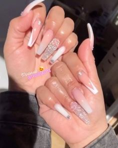 Cute Acrylic Nails 451556300141510116 - Source by leslxy_ Bling Acrylic Nails, White Acrylic Nails, Aycrlic Nails, Best Acrylic Nails, Bling Nails, Pastel Nails, Summer Acrylic Nails Designs, Jewel Nails, Nail Swag