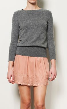 Neiman Marcus   Cashmere Grey Knit Top